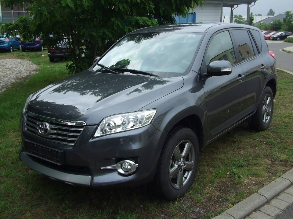 Toyota RAV4 | Bj.2012 | 35572km | 18.990 �