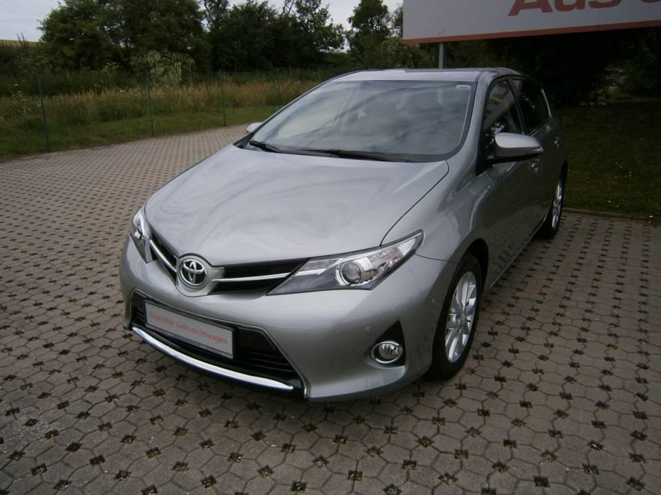 Toyota Auris | Bj.2013 | 59500km | 12.900 �