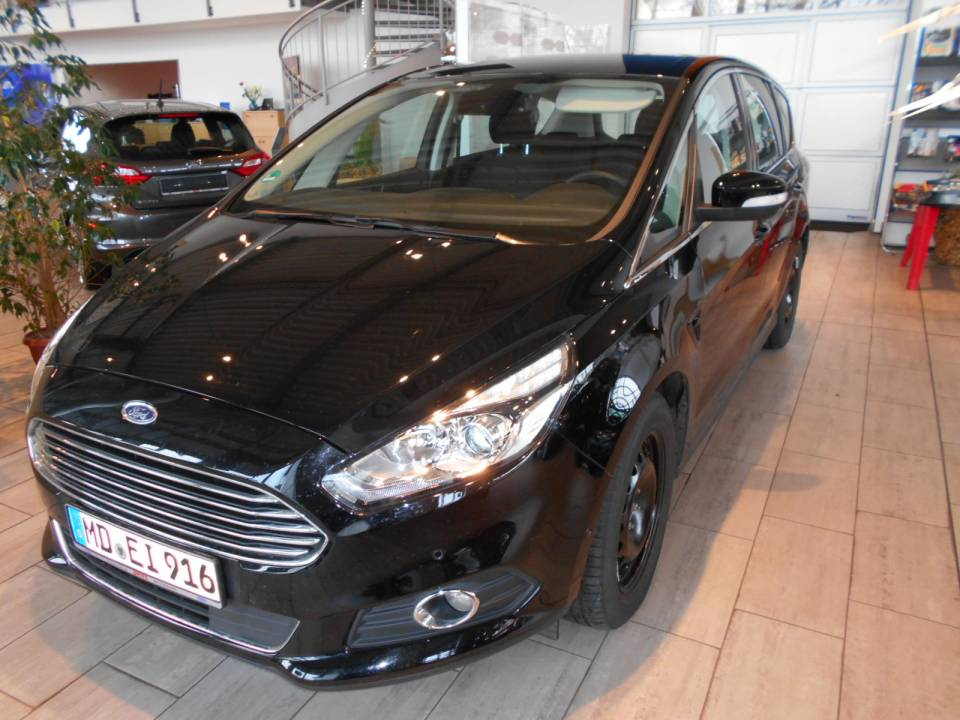 Ford S-Max   Bj.2017   22764km   24.000 €