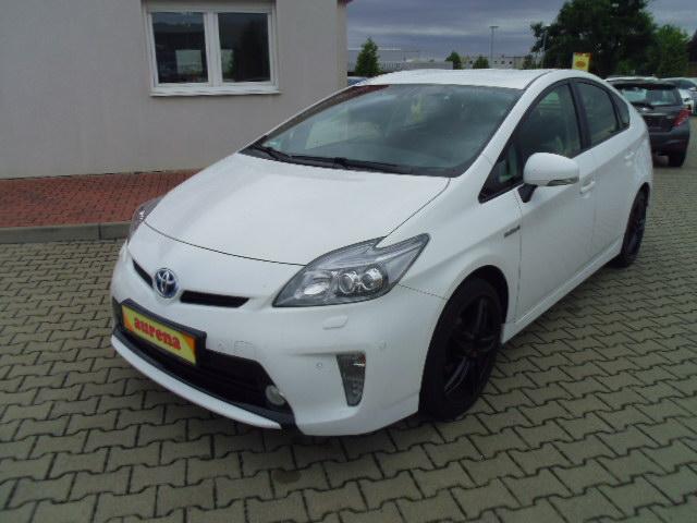 Toyota Prius Hybrid | Bj.2013 | 66436km | 18.690 �