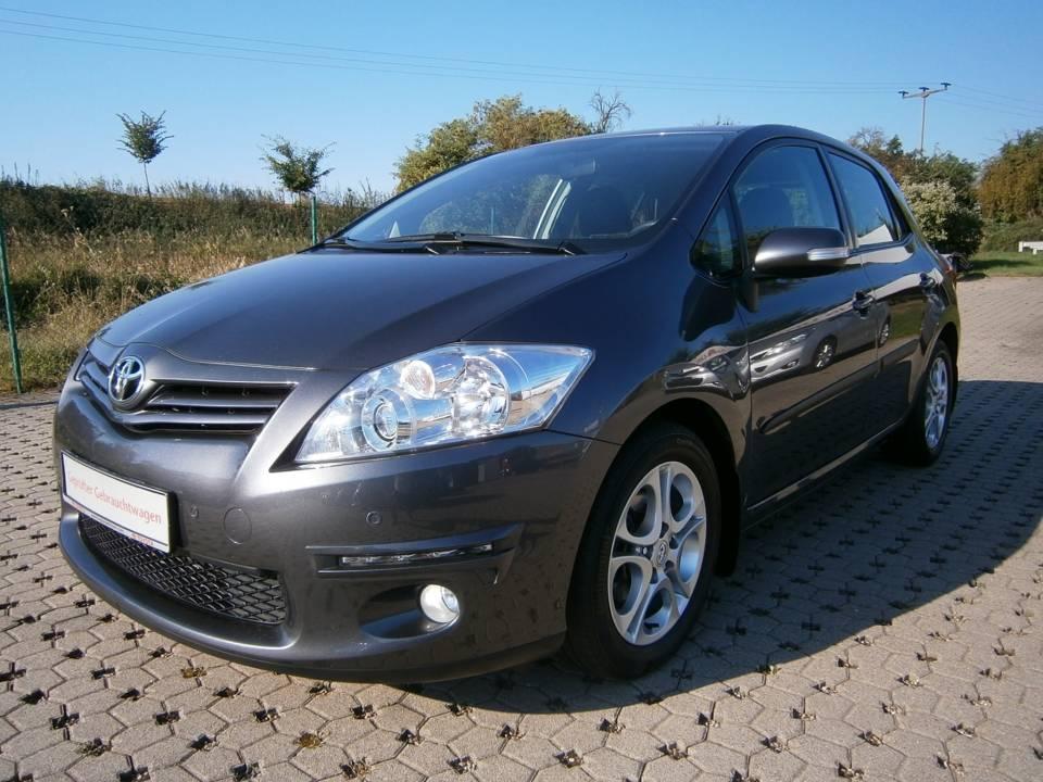 Toyota Auris | Bj.2010 | 69857km | 8.990 �