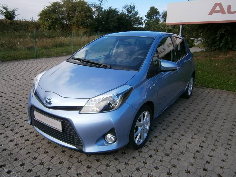 Toyota Yaris Hybrid | Bj.2014 | 20490km | 13.900 �
