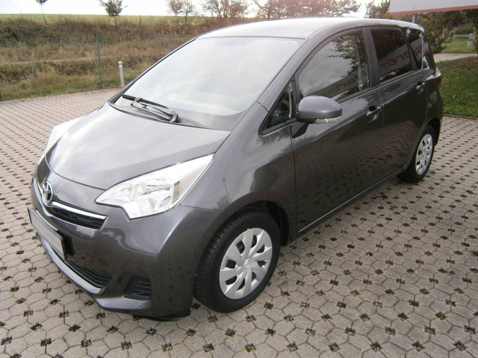 Toyota Verso-S | Bj.2014 | 15533km | 12.490 �