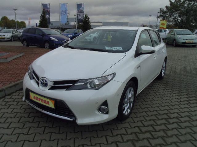 Toyota Auris Hybrid | Bj.2013 | 26746km | 17.690 €