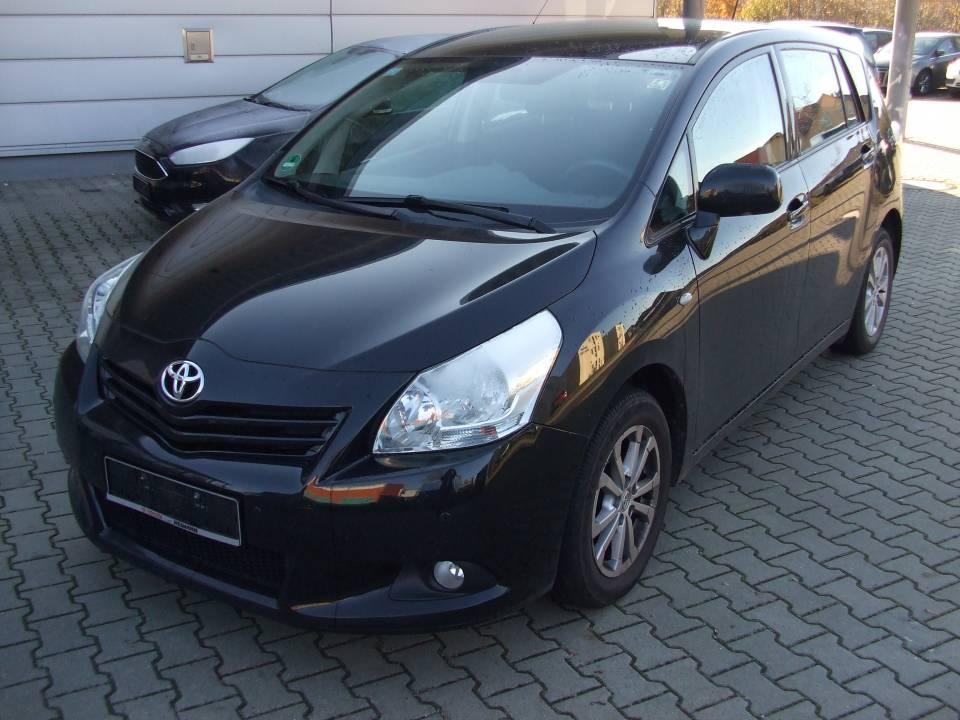 Toyota Verso | Bj.2011 | 67094km | 13.780 €