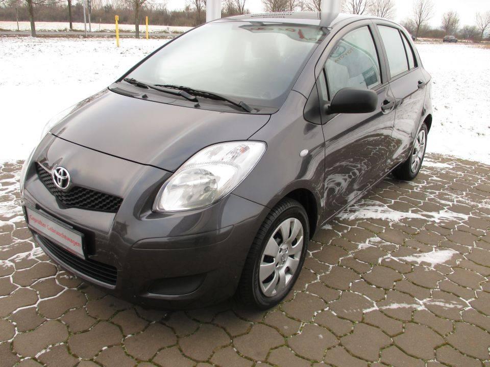 Toyota Yaris | Bj.2011 | 15907km | 8.200 €