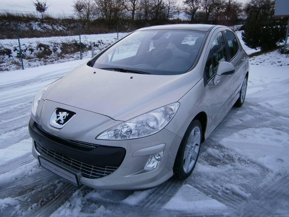Peugeot 308 | Bj.2008 | 71550km | 6.990 €