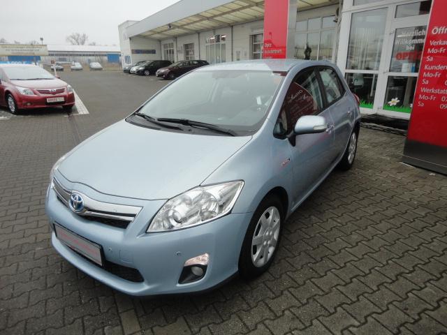 Toyota Auris Hybrid | Bj.2011 | 26129km | 14.410 €