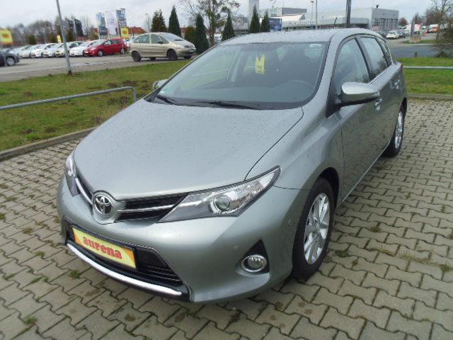 Toyota Auris | Bj.2013 | 37305km | 13.995 €