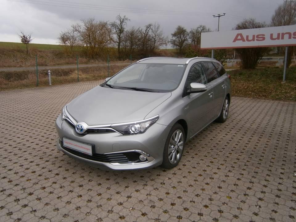 Toyota Auris TS Hybrid | Bj.2015 | 7000km | 19.950 €