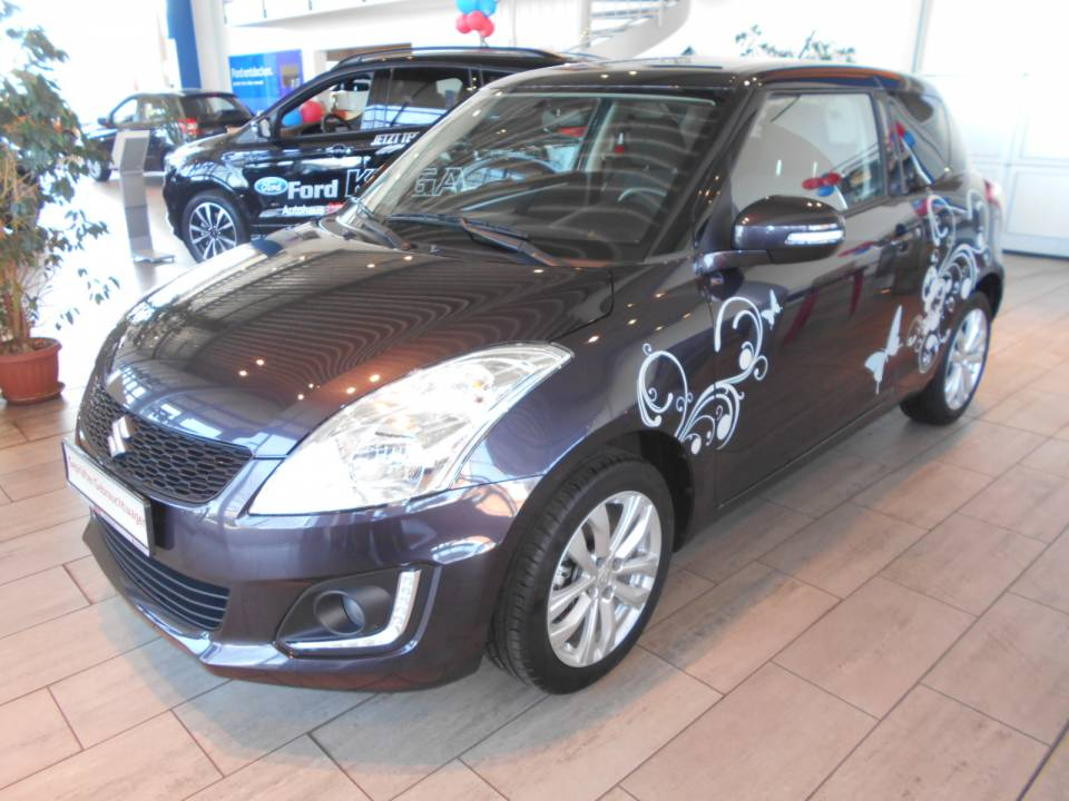 Suzuki Swift | Bj.2015 | 13933km | 11.590 €