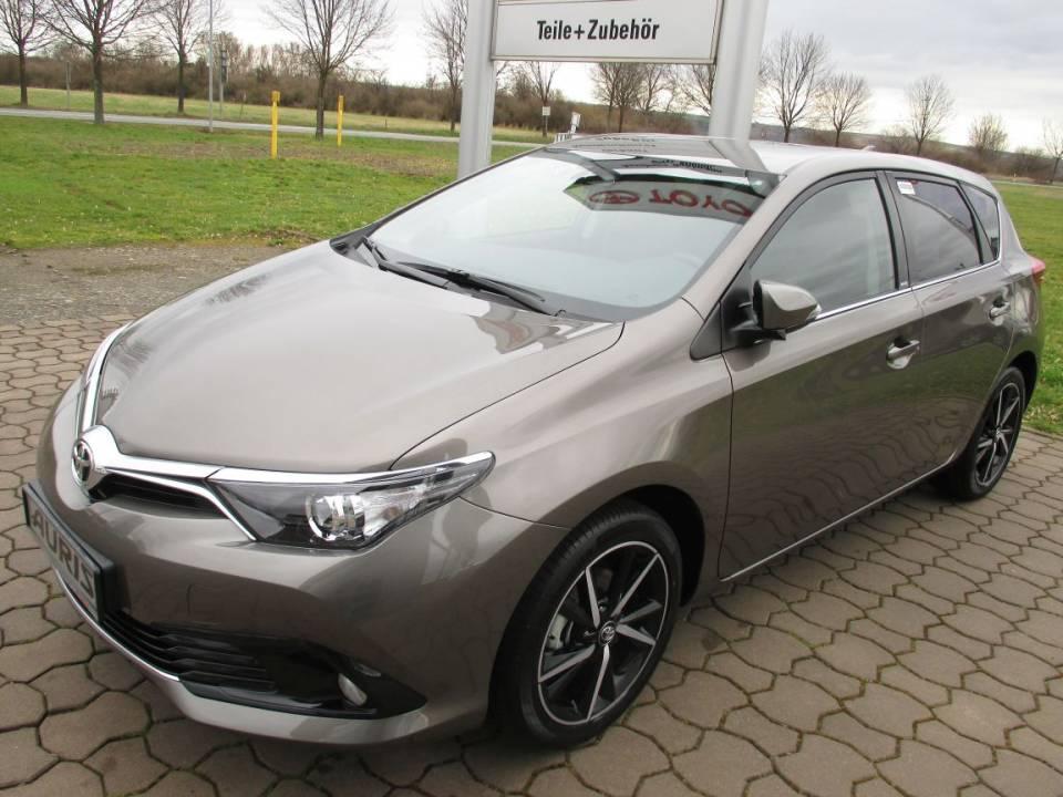 Toyota Auris Hybrid | Bj.2013 | 22007km | 17.780 €