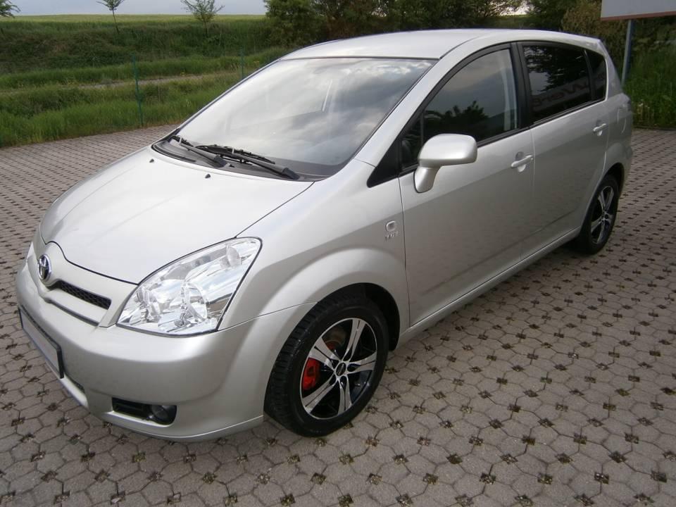 Toyota Corolla Verso | Bj.2004 | 77235km | 6.470 €
