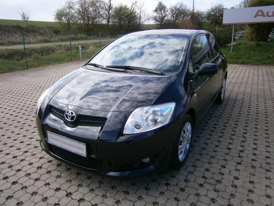 Toyota Auris   Bj.2009   75258km   6.900 €