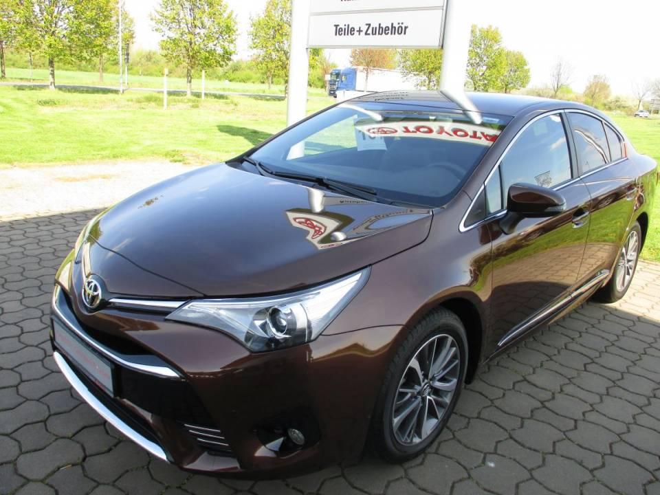 Toyota Avensis | Bj.2015 | 3665km | 21.500 €