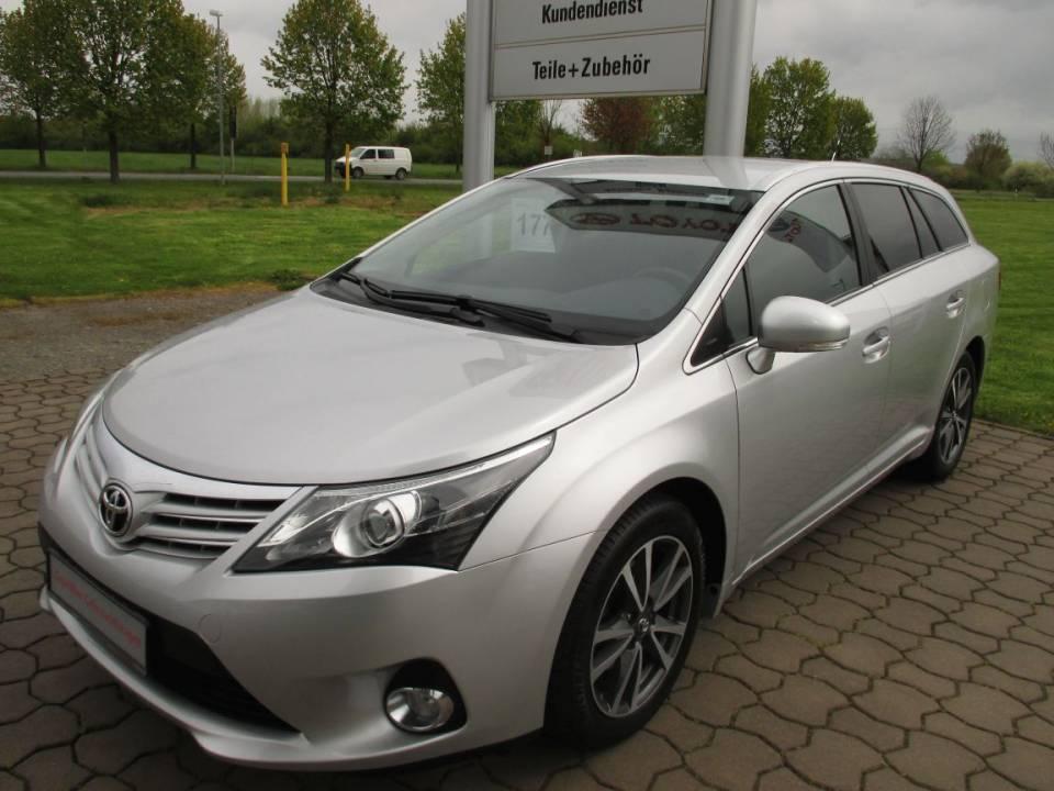 Toyota Avensis | Bj.2013 | 32268km | 16.900 €