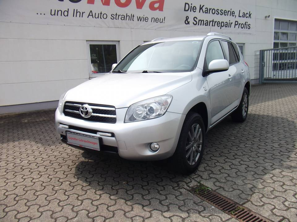 Toyota RAV4 | Bj.2008 | 128326km | 9.990 €