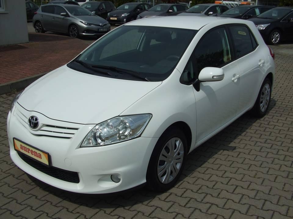 Toyota Auris | Bj.2011 | 71907km | 9.490 €