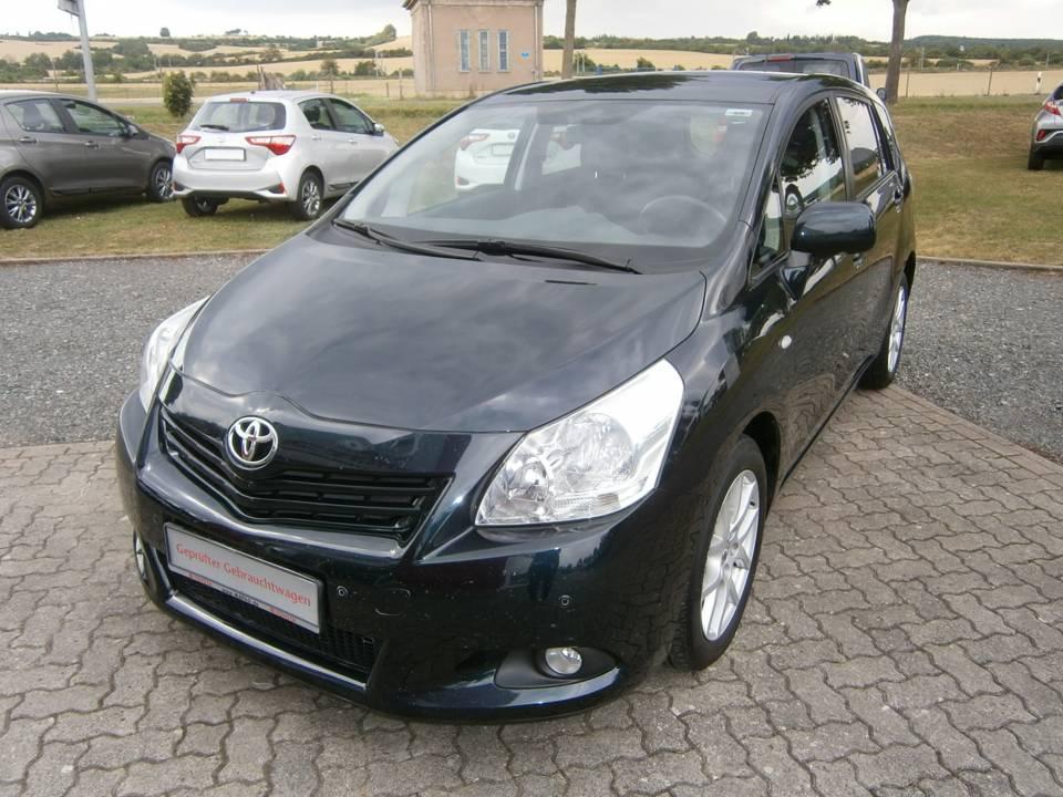 Toyota Verso | Bj.2013 | 69700km | 13.990 €