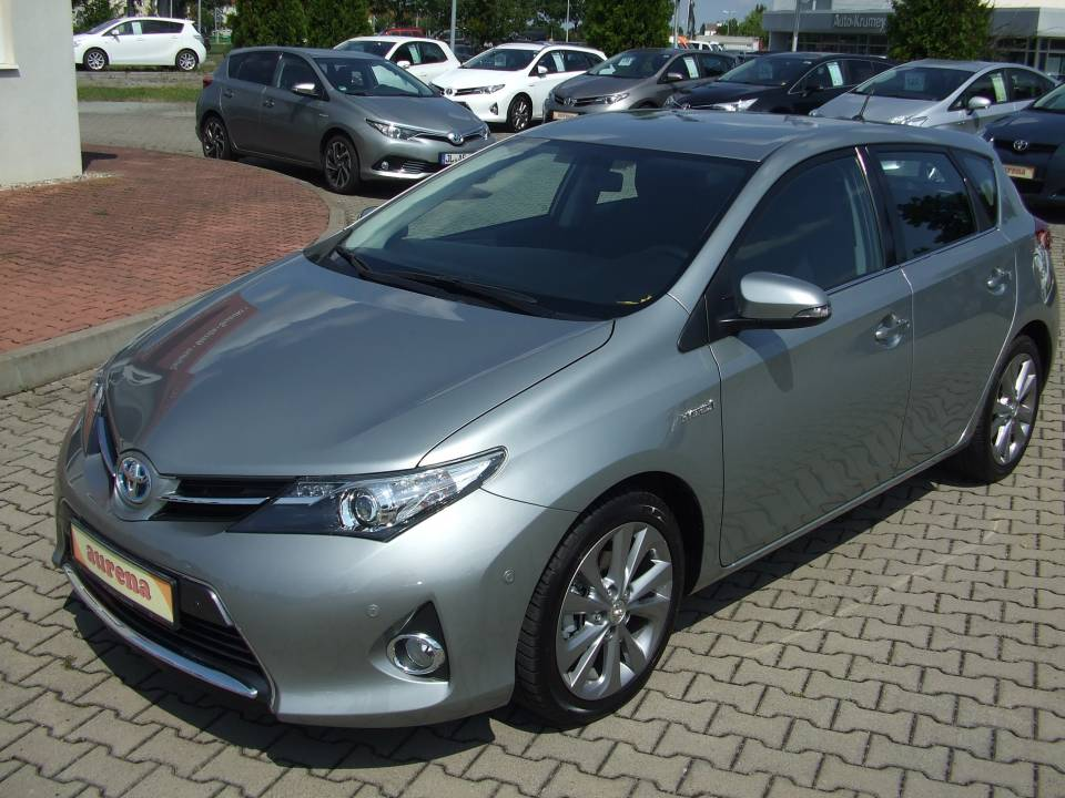 Toyota Auris Hybrid | Bj.2013 | 19019km | 17.890 €