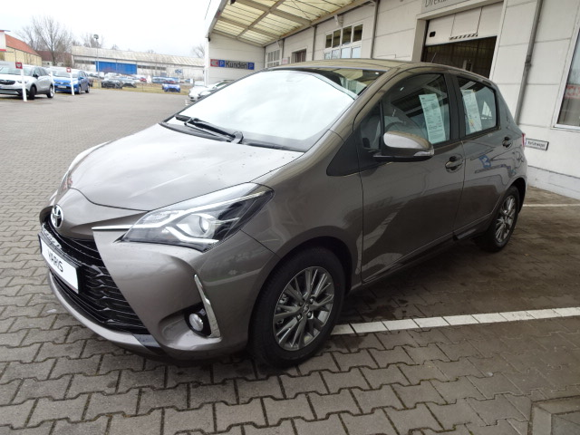 Toyota | Yaris  12.990,00 €