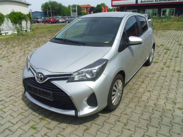 Toyota Yaris   Bj.2015   8256km   13.860 €