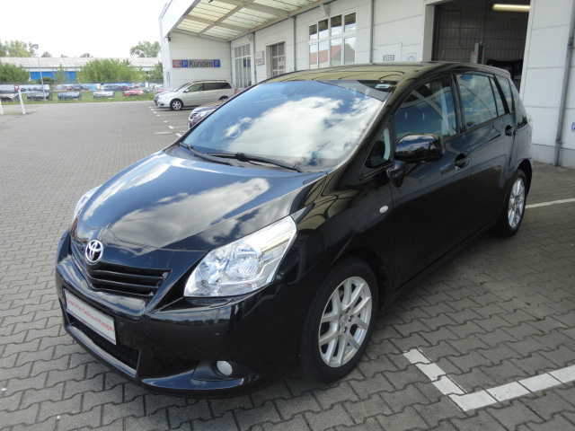 Toyota Verso | Bj.2011 | 82227km | 14.360 €