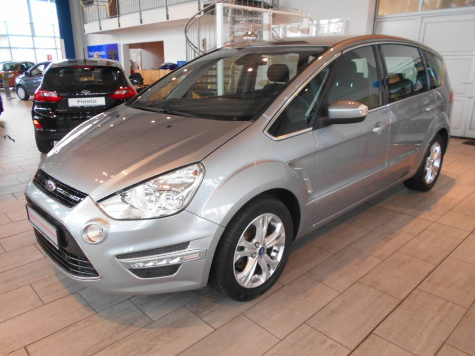 Ford S-MAX | Bj.2011 | 56655km | 17.980 €