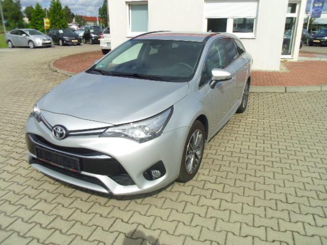 Toyota Avensis | Bj.2017 | 4200km | 21.260 €