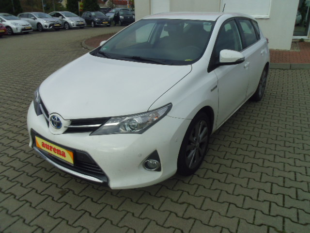 Toyota Auris Hybrid | Bj.2013 | 39442km | 15.790 €