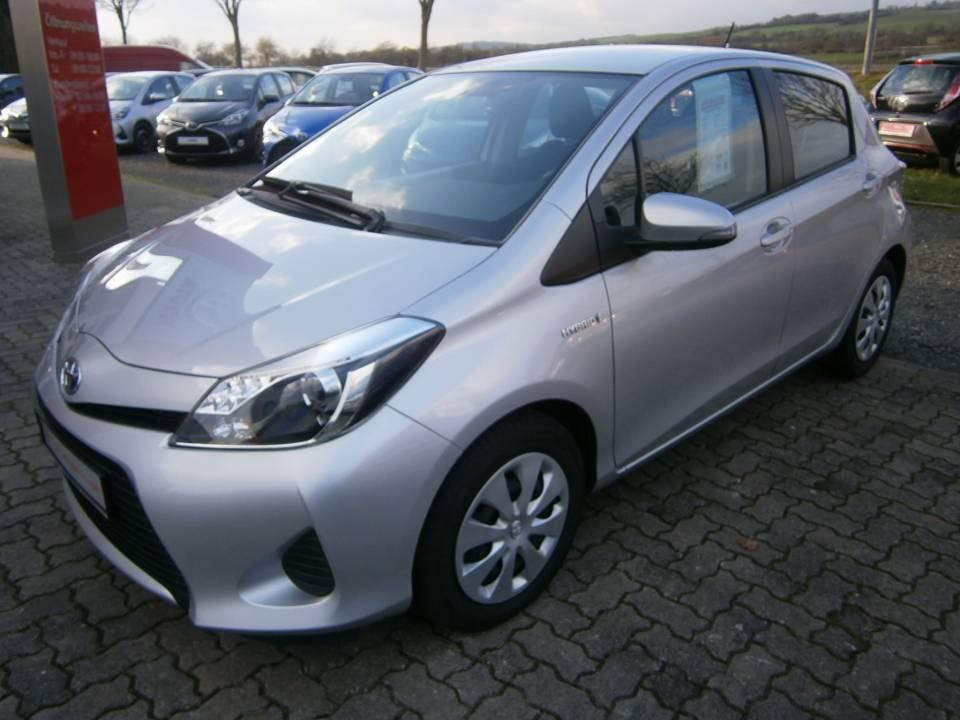 Toyota Yaris Hybrid | Bj.2013 | 84261km | 8.990 €