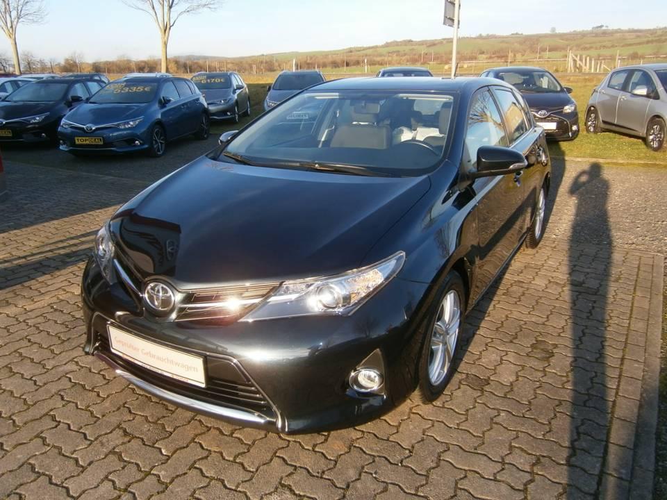 Toyota Auris | Bj.2014 | 26038km | 12.120 €