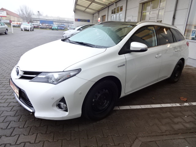 Toyota Auris TS Hybrid | Bj.2013 | 64283km | 15.510 €