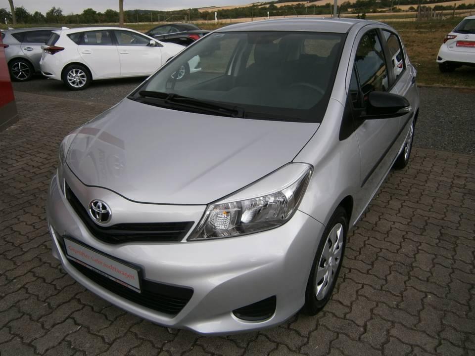 Toyota Yaris | Bj.2011 | 11000km | 7.890 €
