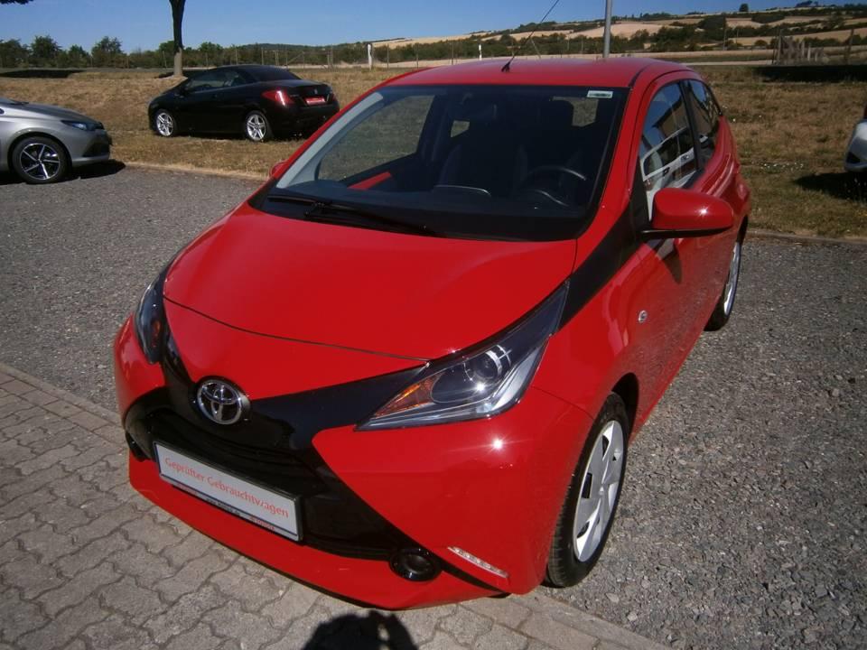 Toyota AYGO | Bj.2016 | 3168km | 8.890 €