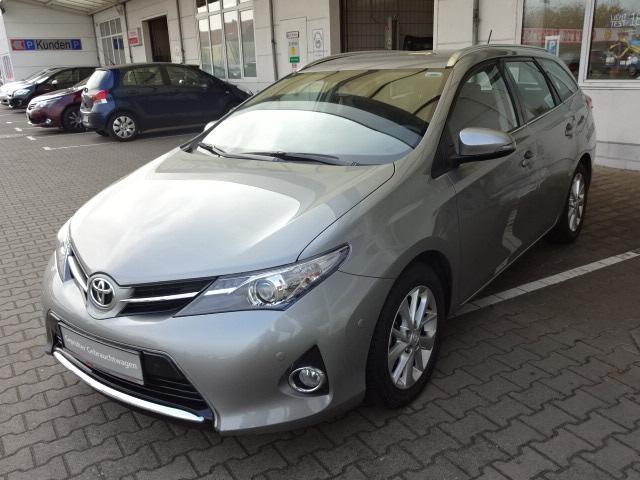 Toyota Auris TS | Bj.2014 | 11259km | 13.700 €