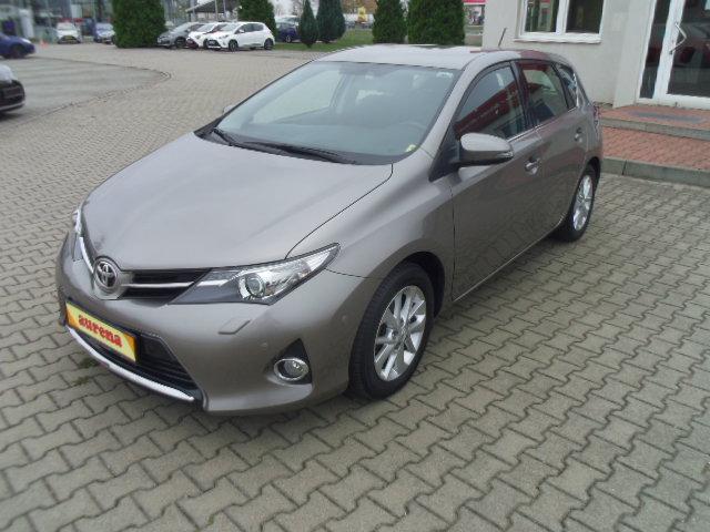 Toyota Auris | Bj.2013 | 76765km | 10.340 €