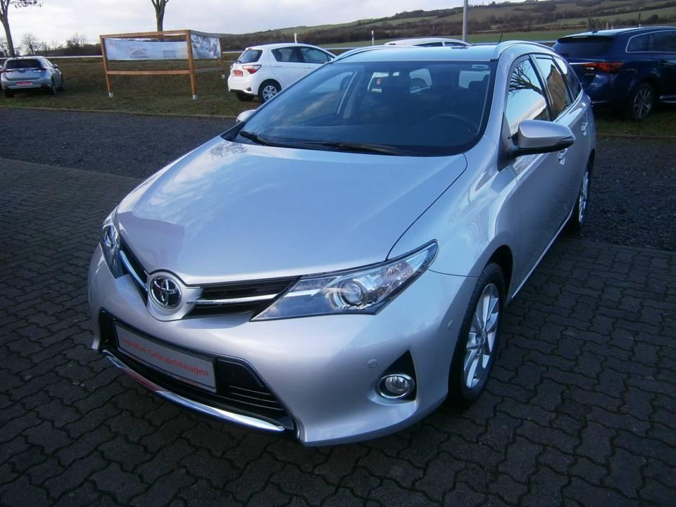 Toyota Auris TS | Bj.2014 | 71187km | 12.990 €