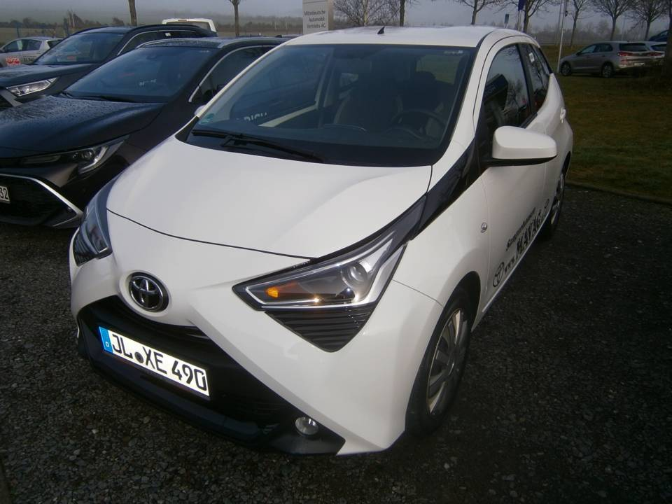 Toyota | AYGO  8.645,00 €