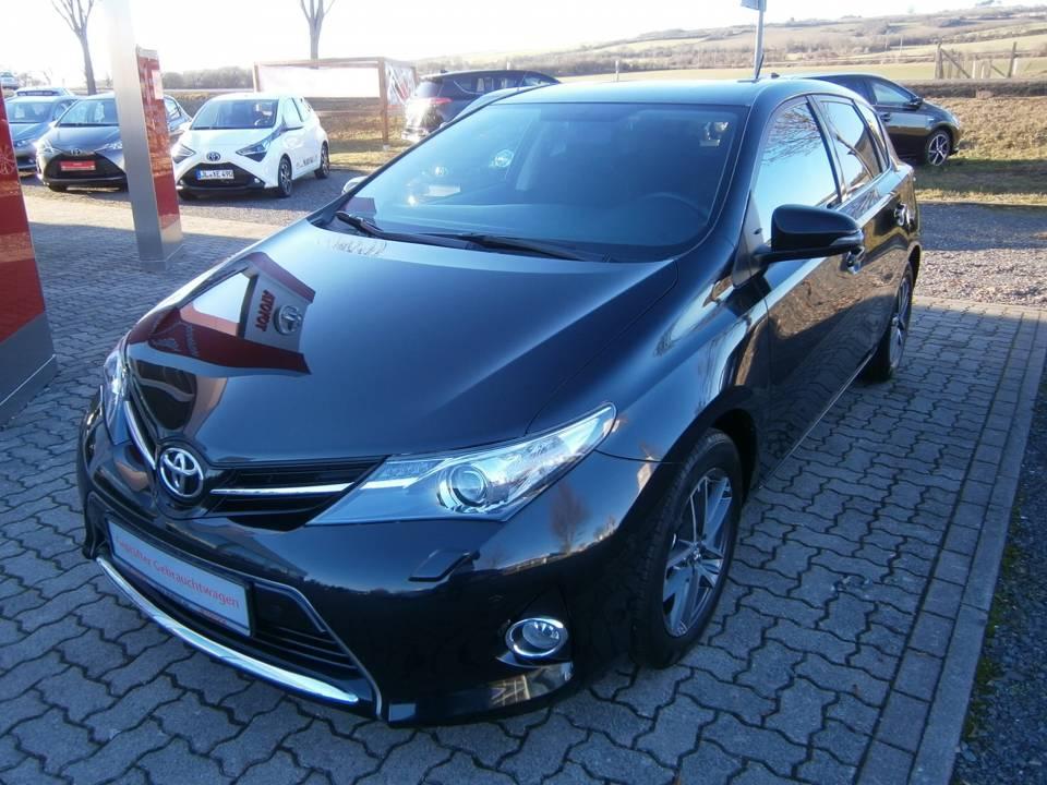 Toyota Auris | Bj.2015 | 58285km | 12.290 €