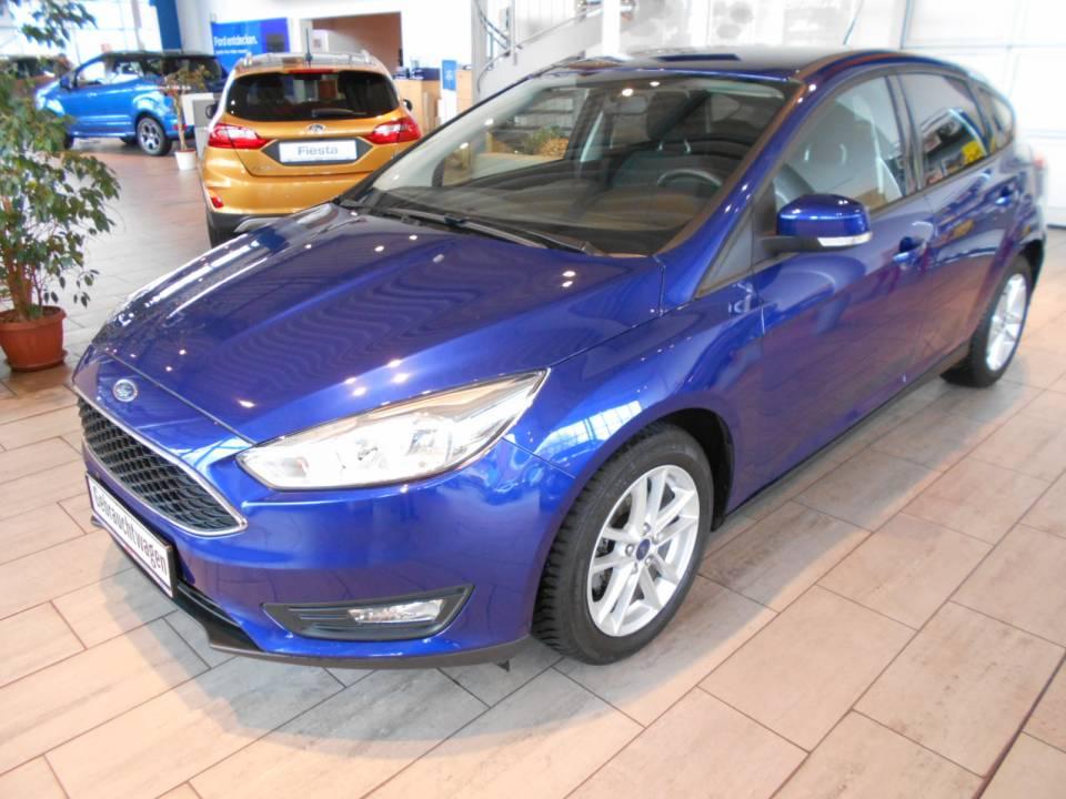 Ford Focus | Bj.2015 | 23916km | 11.450 €