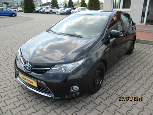 Toyota Auris Hybrid | Bj.2013 | 26411km | 14.490 €