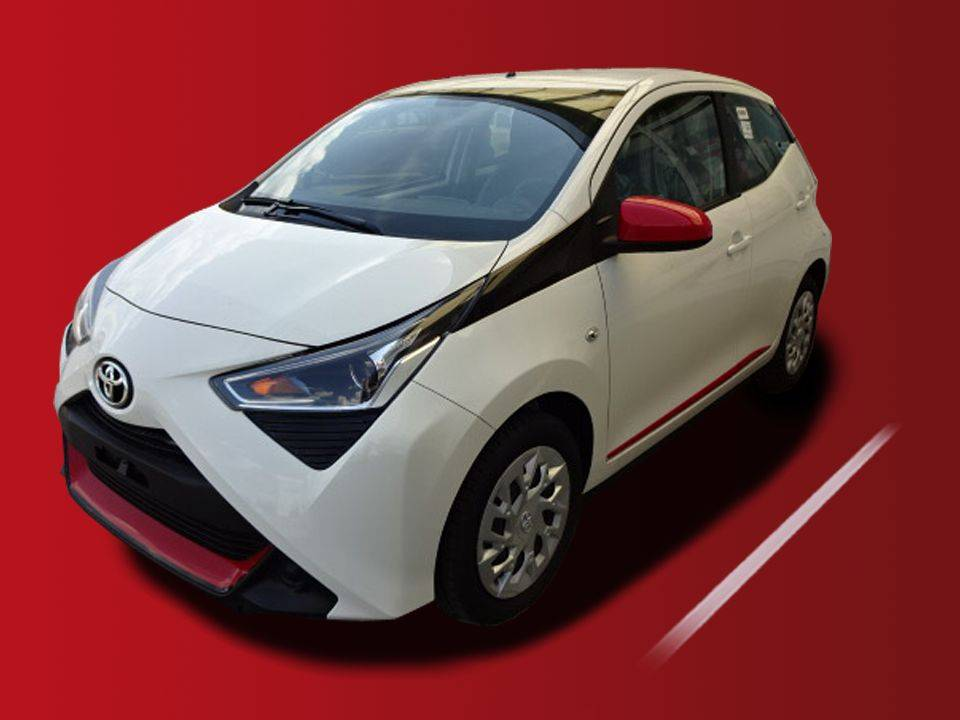 Toyota   AYGO  10.290,00 €