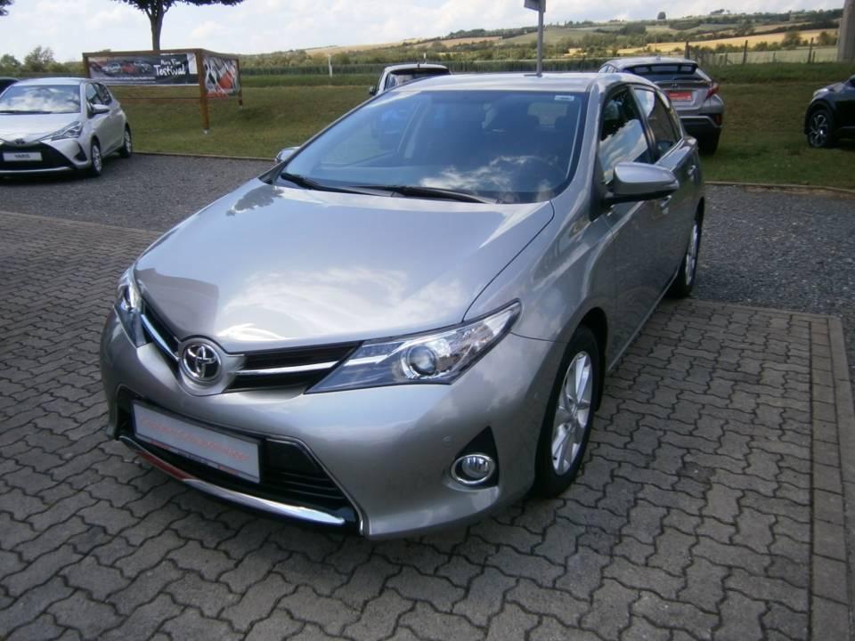 Toyota Auris | Bj.2014 | 88297km | 12.460 €