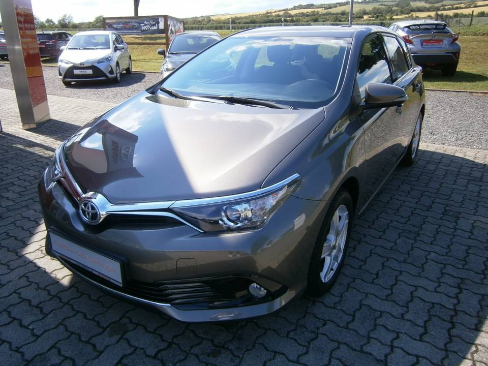 Toyota Auris | Bj.2016 | 23013km | 13.990 €