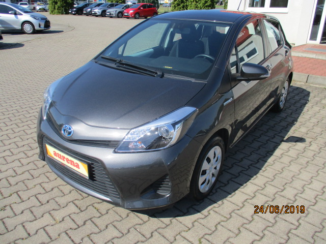 Toyota Yaris Hybrid | Bj.2014 | 90900km | 11.420 €