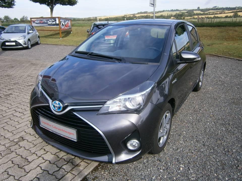 Toyota Yaris Hybrid | Bj.2016 | 82856km | 10.990 €