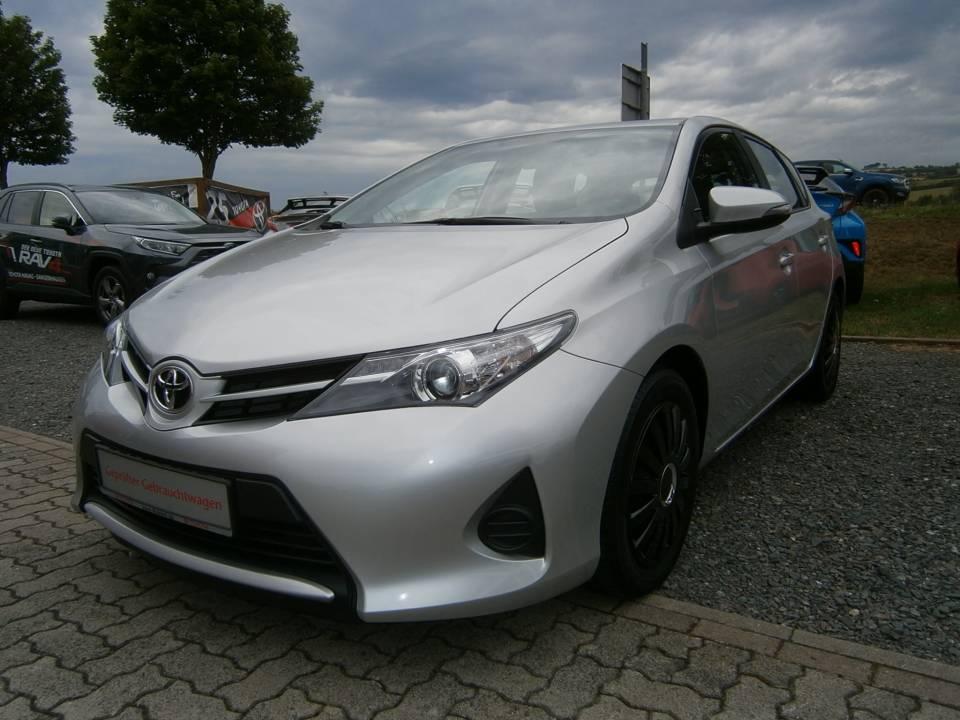 Toyota Auris | Bj.2015 | 65130km | 9.500 €