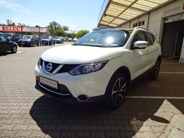 Nissan Qashqai | Bj.2015 | 26363km | 17.990 €