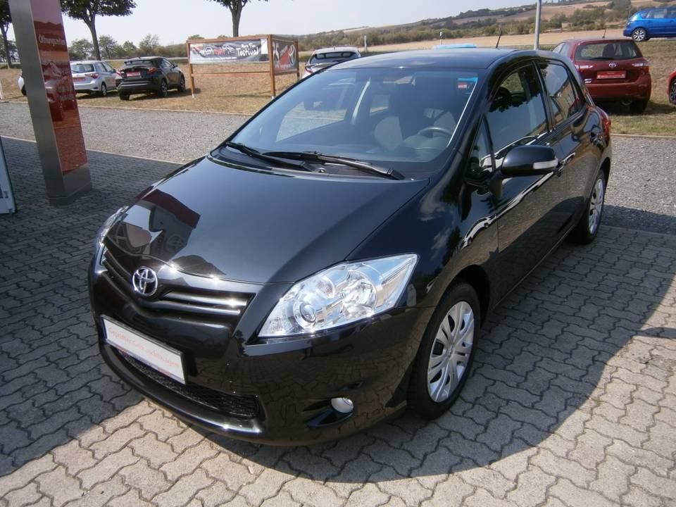 Toyota Auris | Bj.2010 | 68772km | 6.990 €